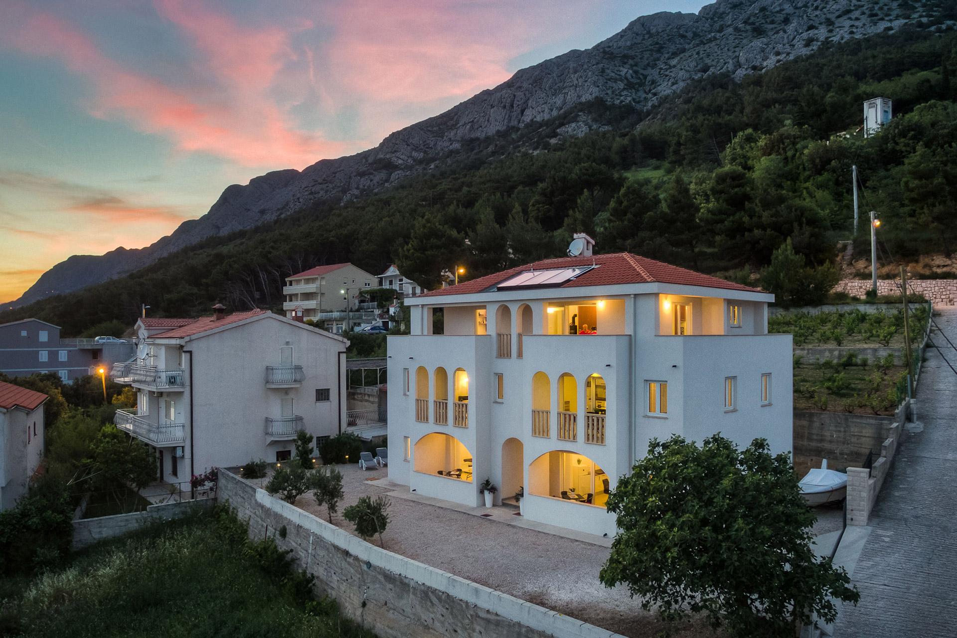 villa daria, marusici, omis riviera, dalmatien, kroatien, adria, jadran